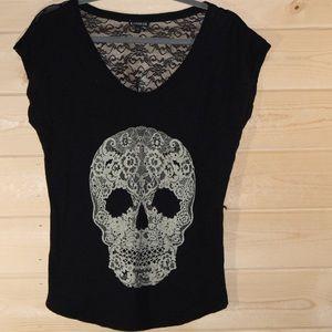 Express Skull Shirt - Size Medium